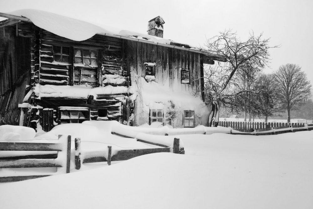 Covered Farmhouse #1